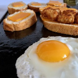 Fried Eggs on French Bread