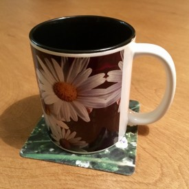 A handful of daisies - two-tone mug