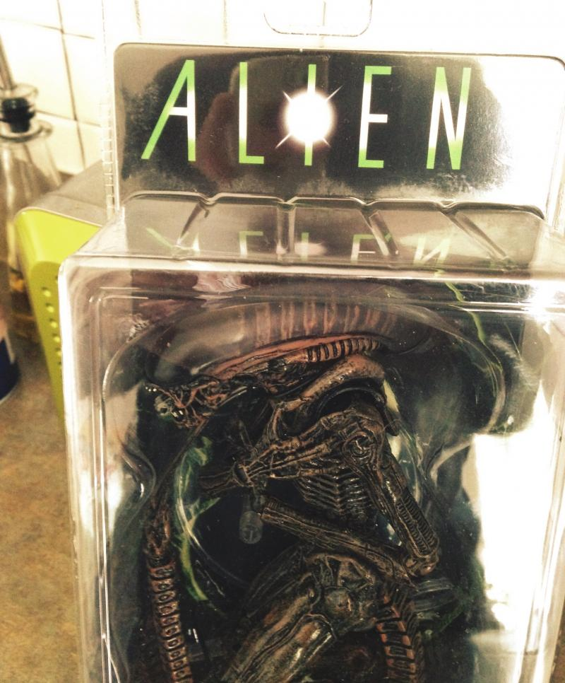 Boxed Dog Alien 7 inch
