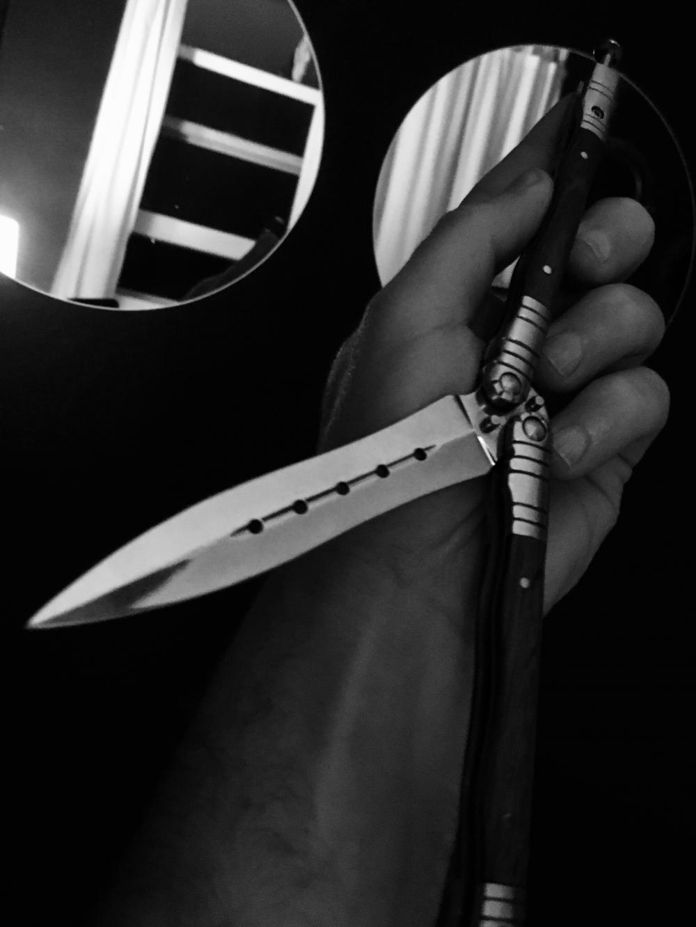 Black and white knife phootshoot 2
