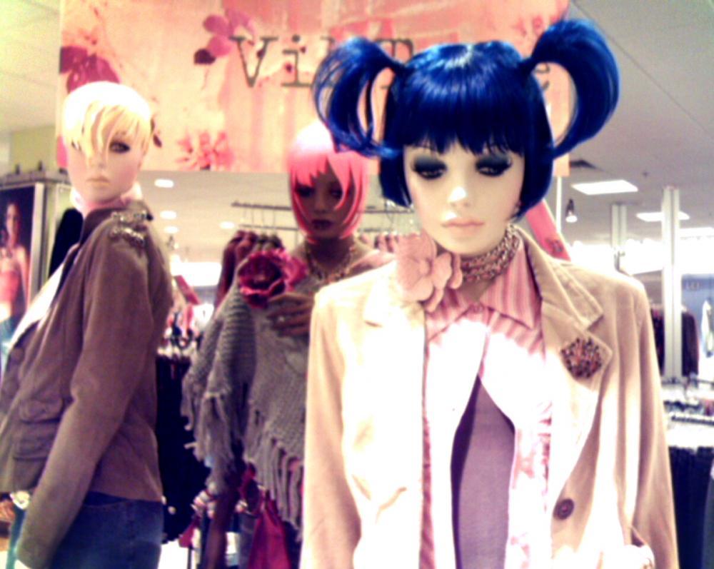 Mildy Seeking Mannequins