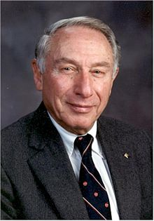 Floyd Dunn, Director of the Bioacoustics Research laboratory