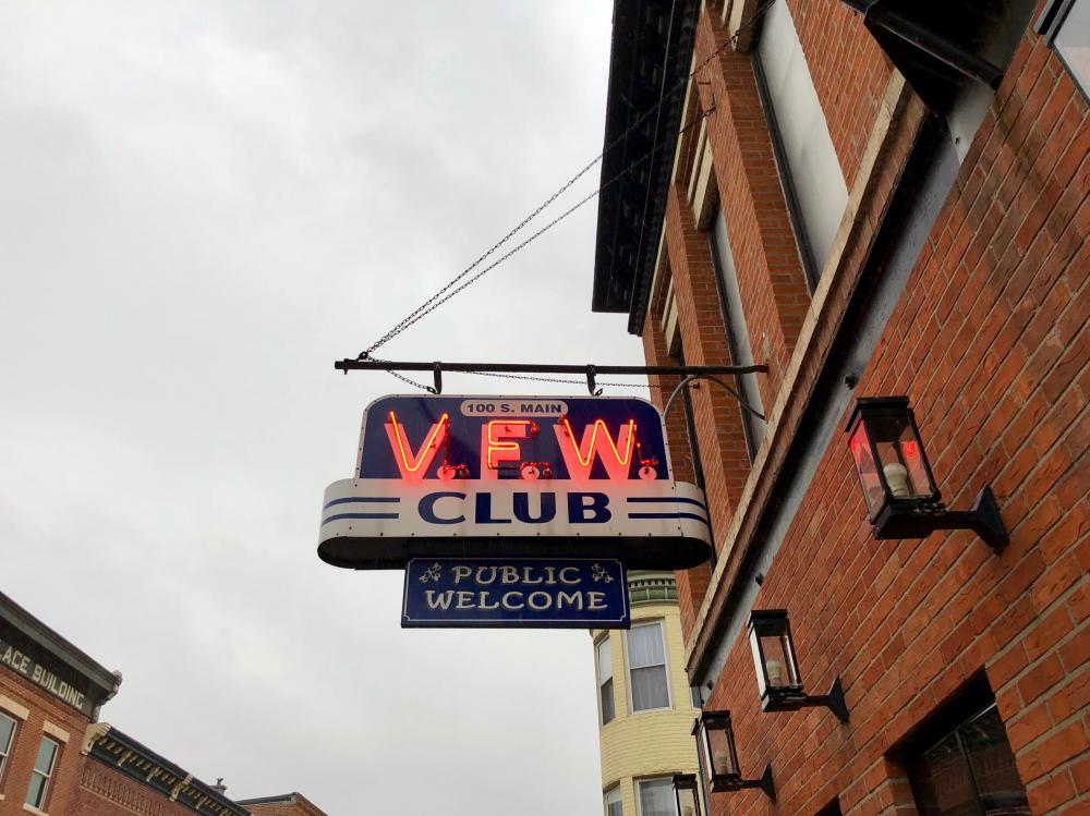 VFW Club in Neon