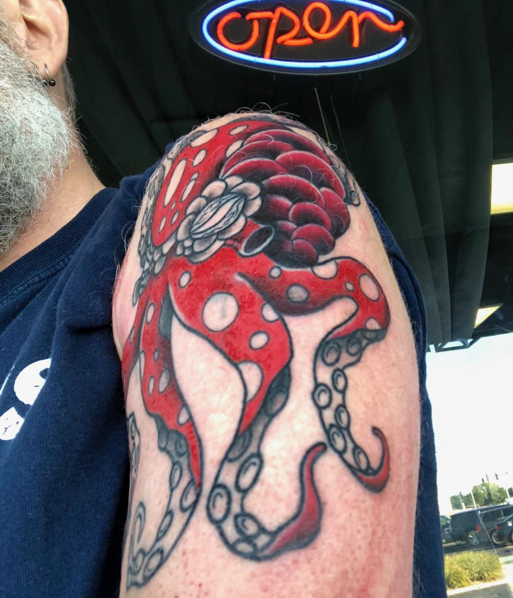 Octopus tattoo, in color