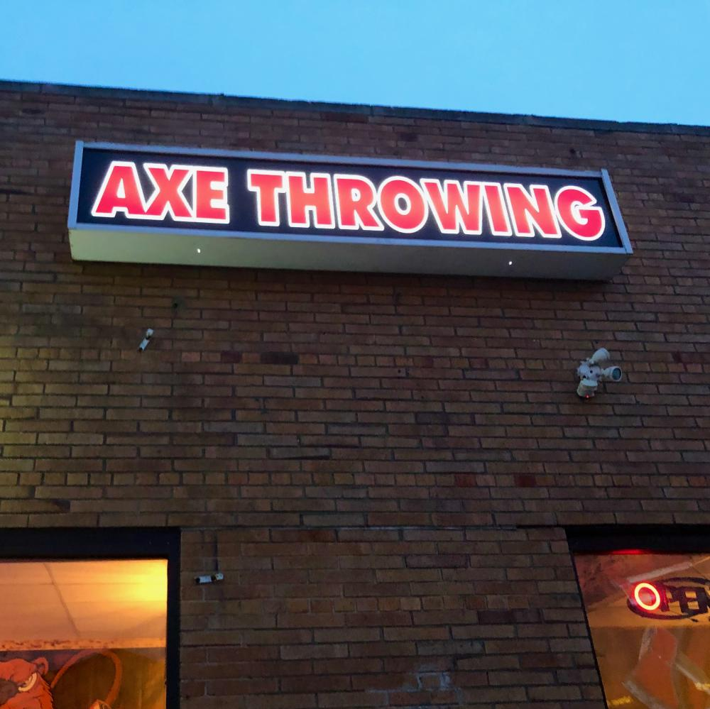 Axe Throwing sign