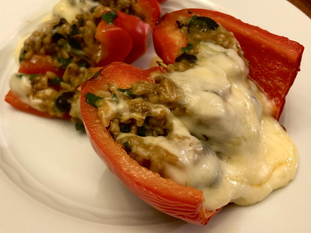 Stuffed red peppers 2